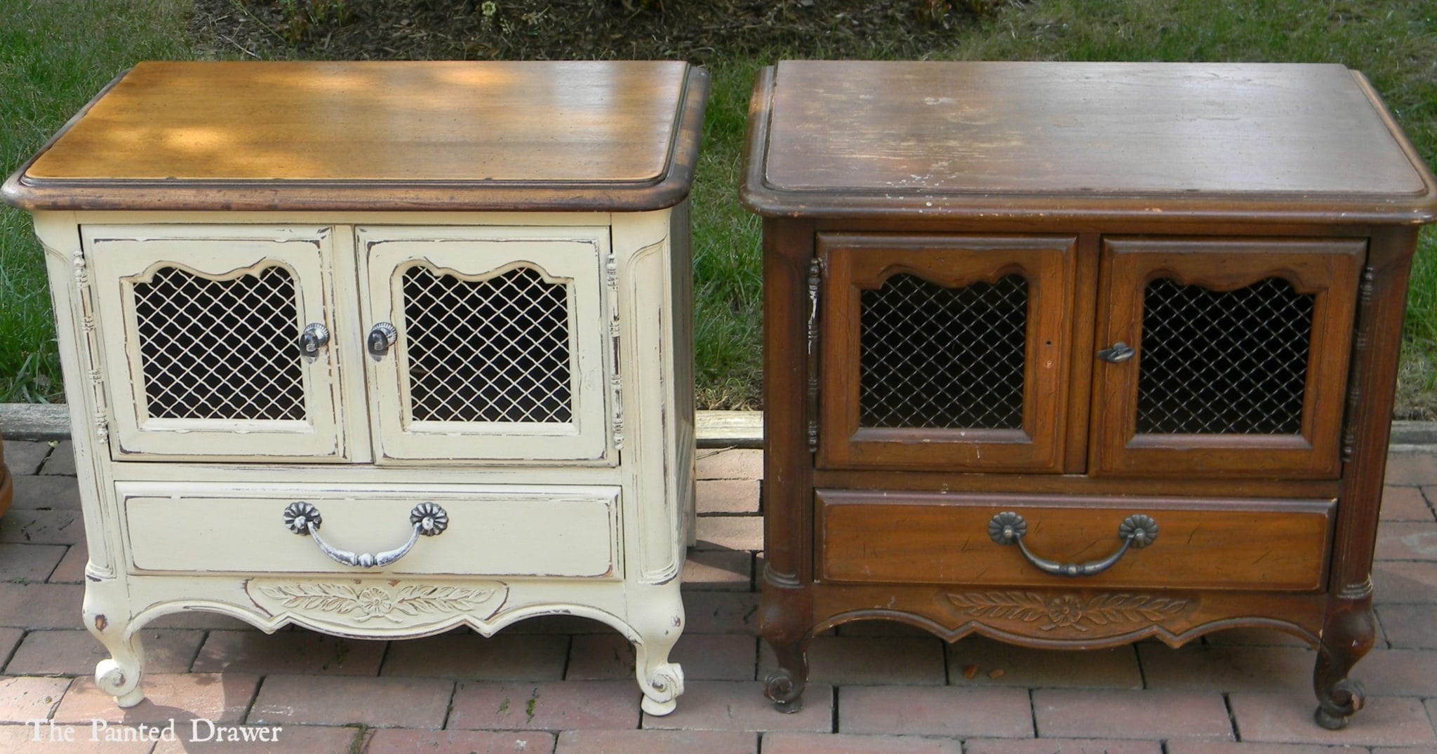 What A Find Not One But Two Beautiful Drexel Heritage French Side Tables Drx9