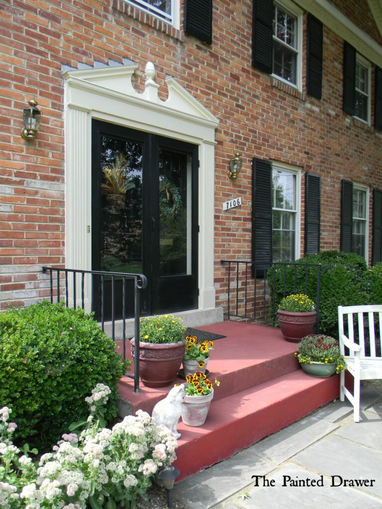 Concrete Steps and a Bench Makeover