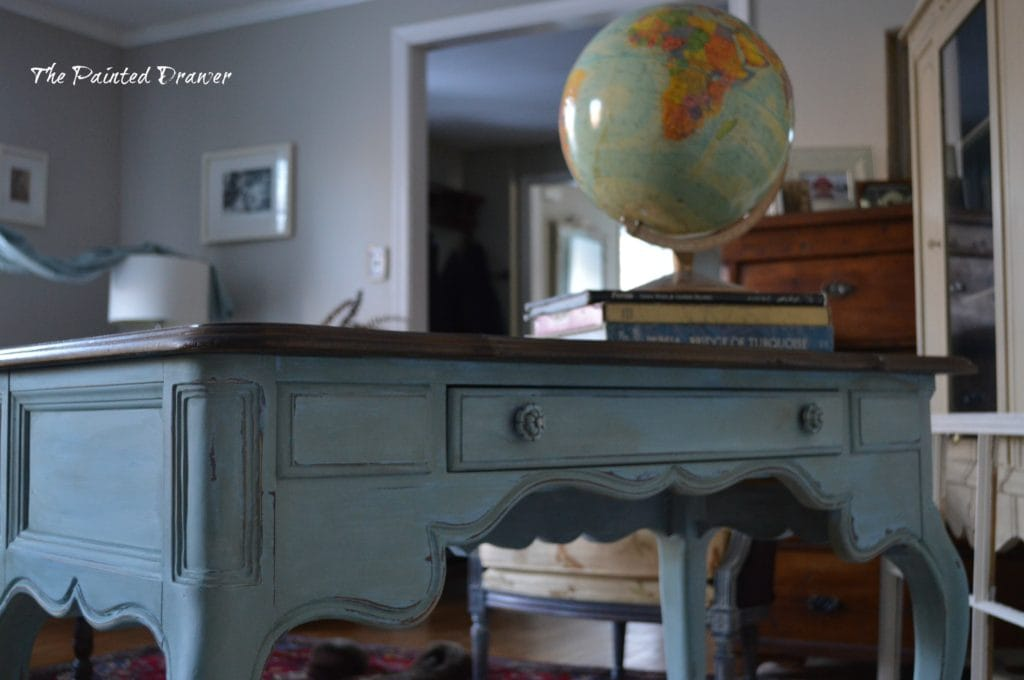 VintageFrench Table www.thepainteddrawer.com