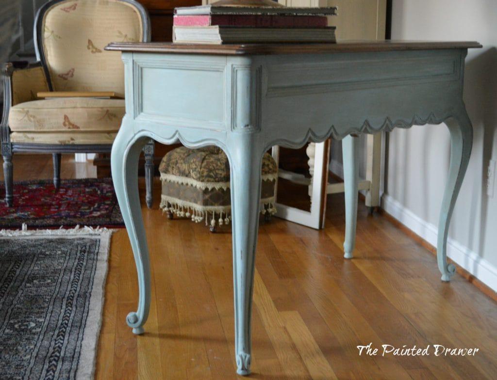 Vintage French Table www.thepainteddrawer.com