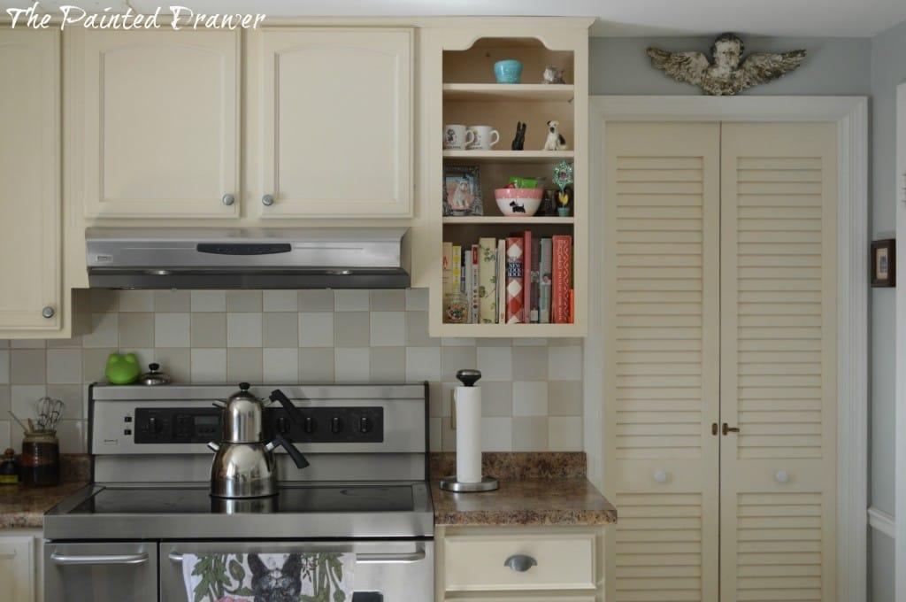 Cottage Kitchen www.thepaintedrawer.com