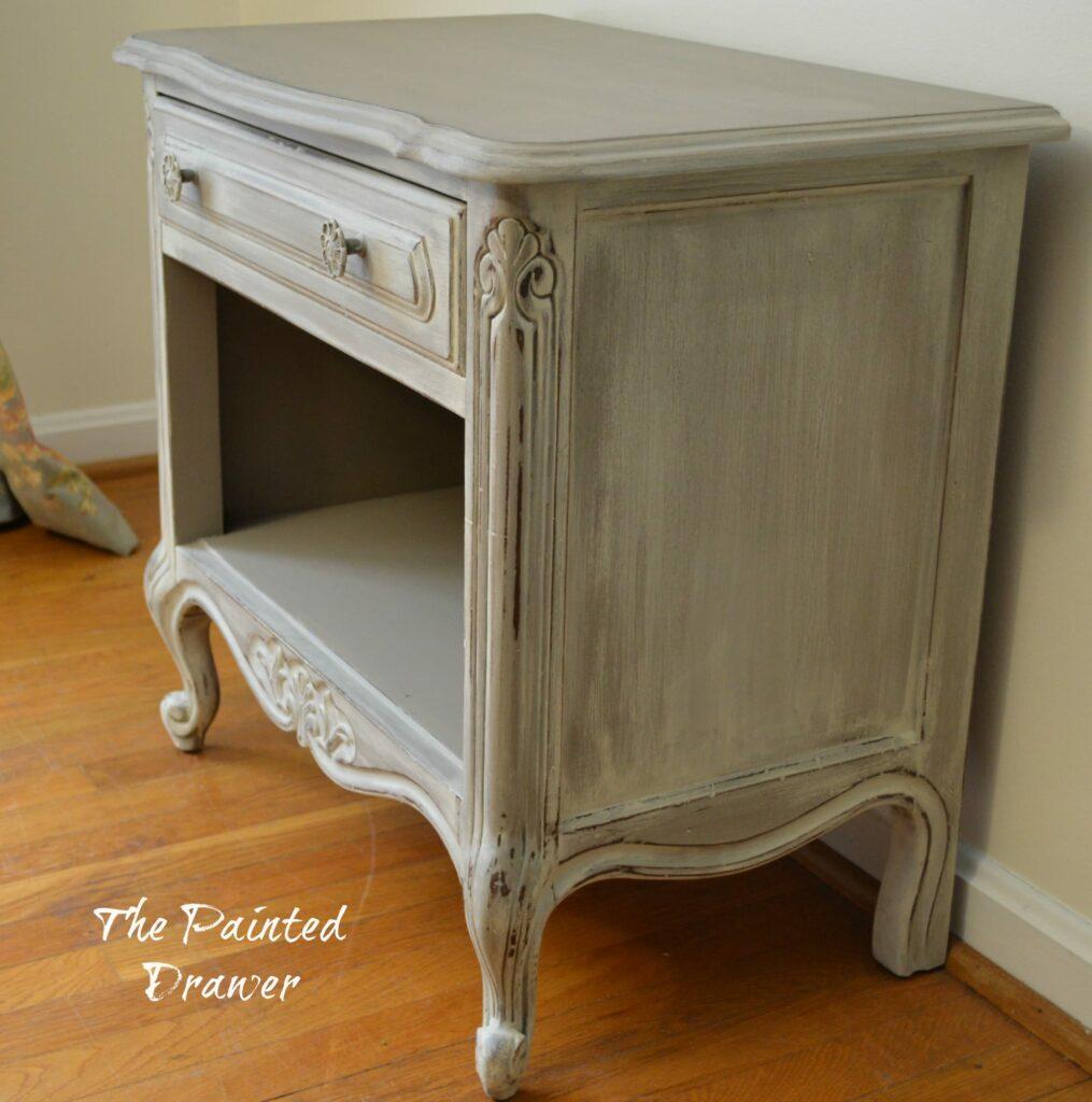 Vintage Table www.thepainteddrawer.com