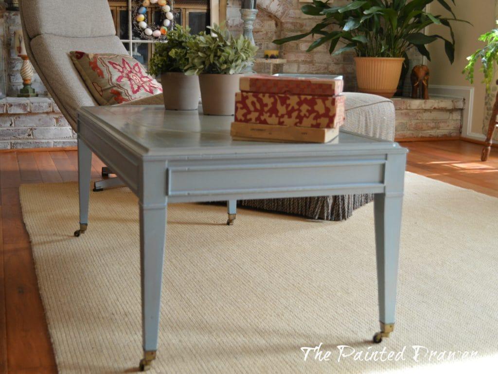 Vintage Blue Coffee Table www.thepainteddrawer.com