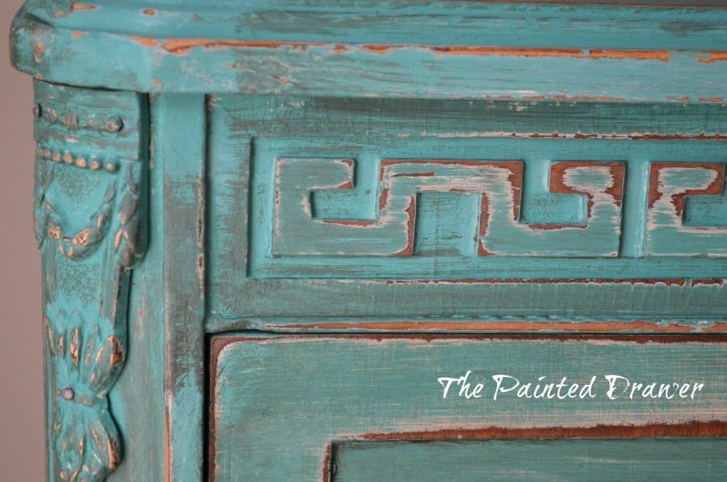 Vintage Dresser www.thepainteddrawer.com
