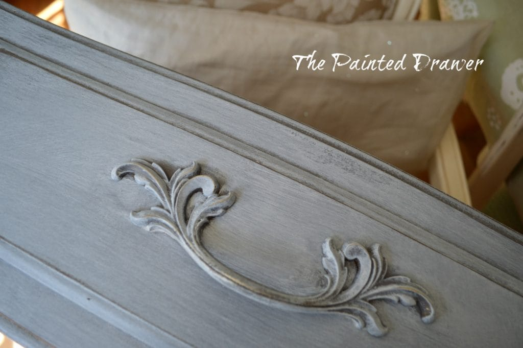 A Whitewash with Glaze and a Design Share
