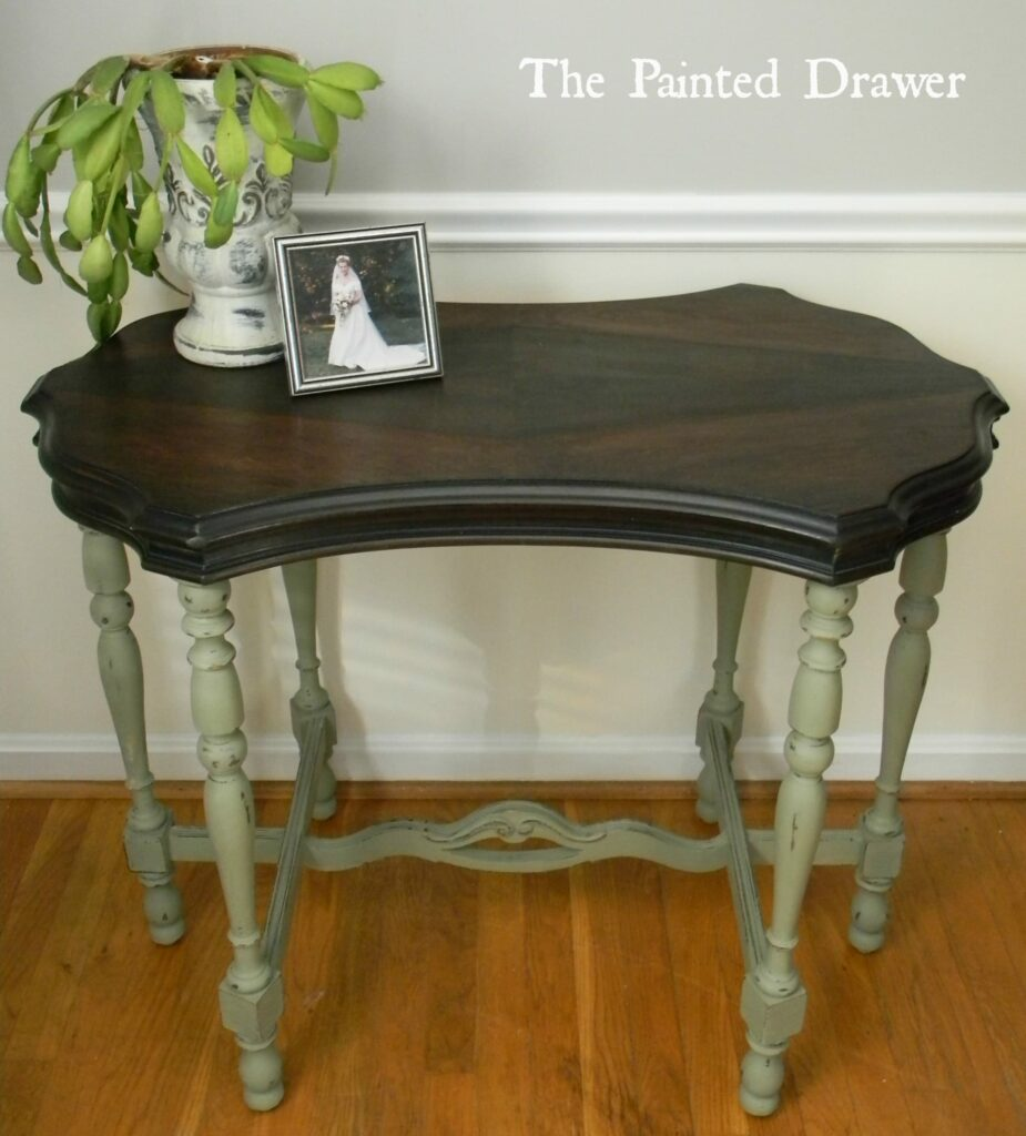 Vintage Table www.thepainteddrawer.com