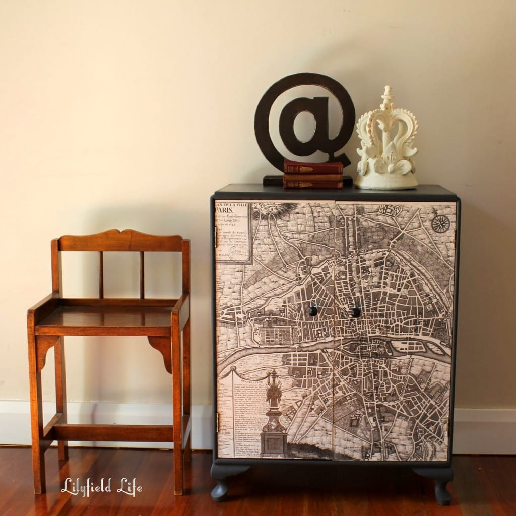 french map cabinets 016
