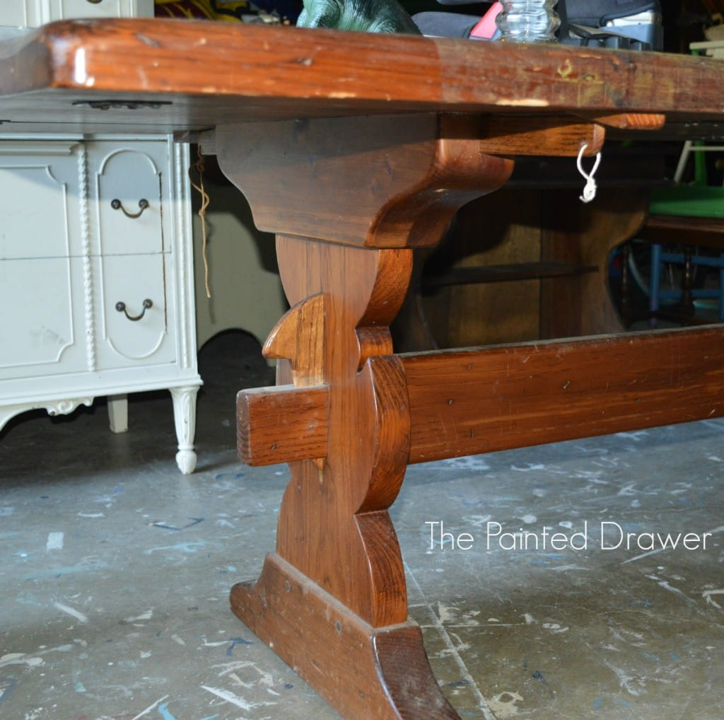 Farmhouse Table www.thepainteddrawer.com
