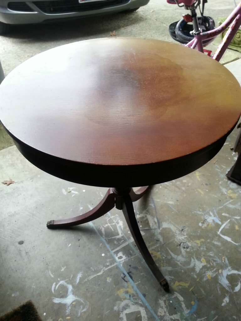 drum table www.thepainteddrawer.com