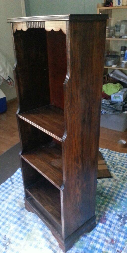 Vintage Bookcase www.thepainteddrawer.com