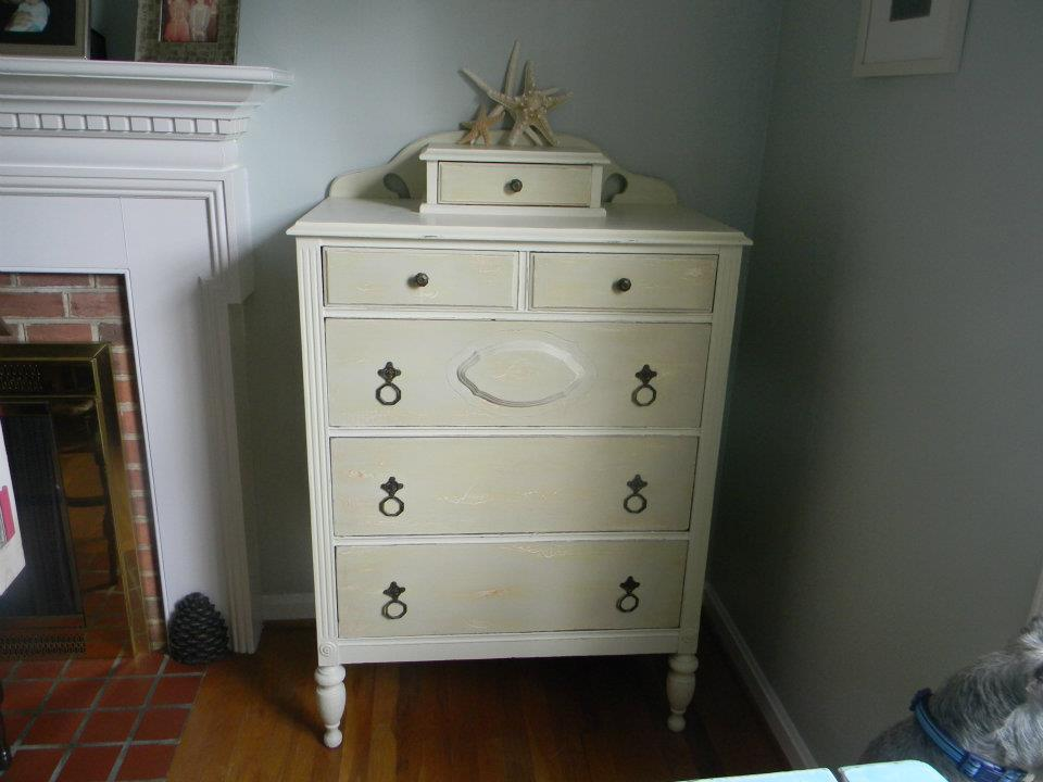 The_painted_drawer_3