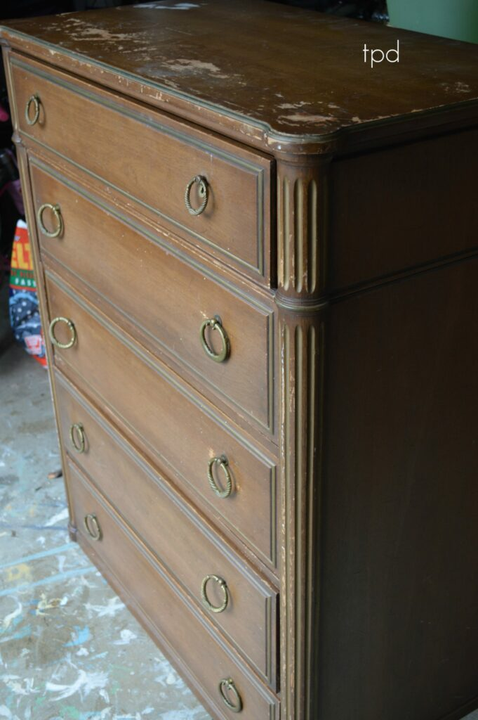 Favorite Find Monday – A Davis Cabinet Company Chest (French Linen and Gold)