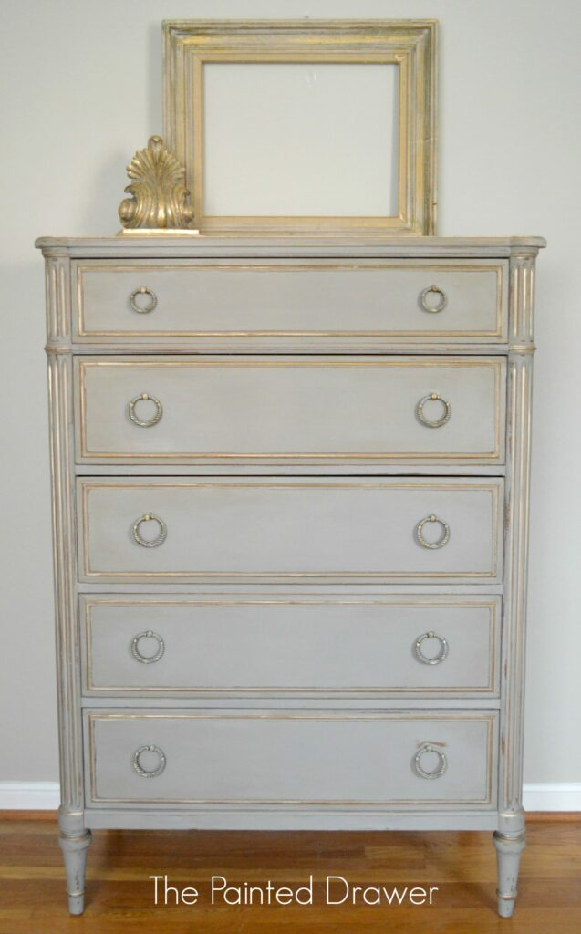 Before and After – A French Linen and Gold Vintage Chest
