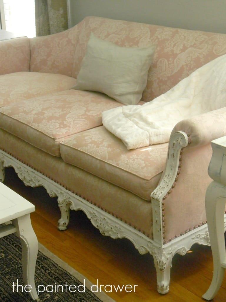 pink sofa2