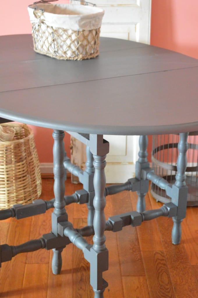 Gateleg Table www.thepainteddrawer.com