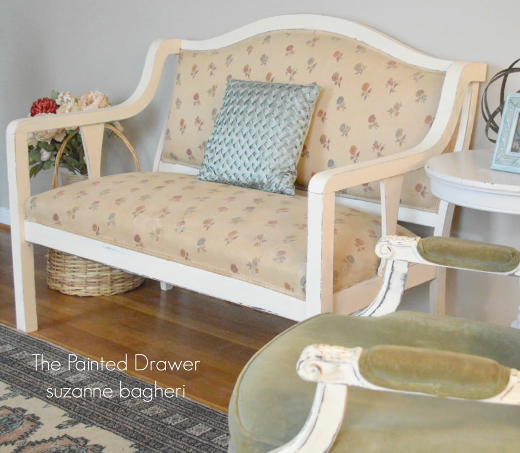 English Settee www.thepainteddrawer.com