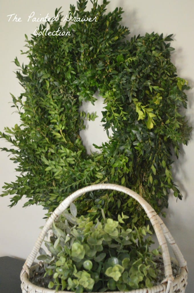 Boxwood Wreath www.thepainteddrawer.com