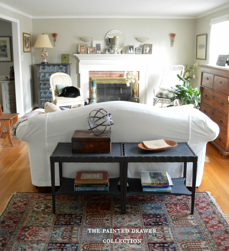 Benjamin Moore Revere Pewter on living room walls www.thepainteddrawer.com