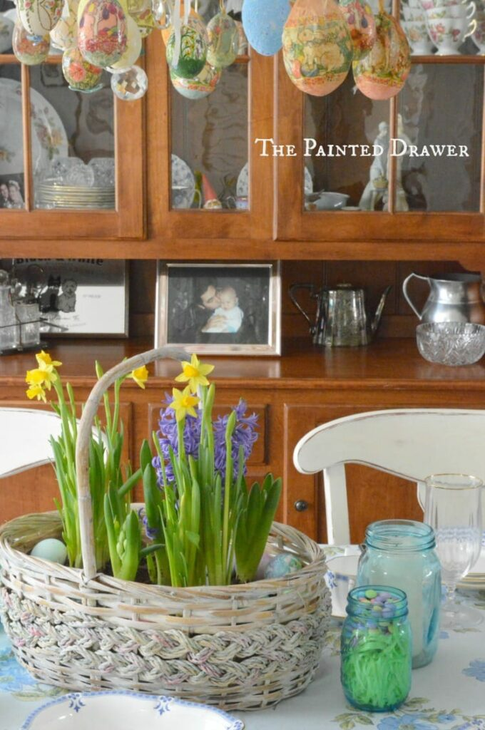 Easter Dining Room Decor In Bloom!