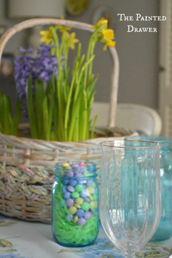 Easter Decor in the Dining Room with a Easter Basket Bulb Garden