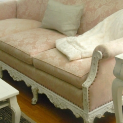 Pink Sofa Find