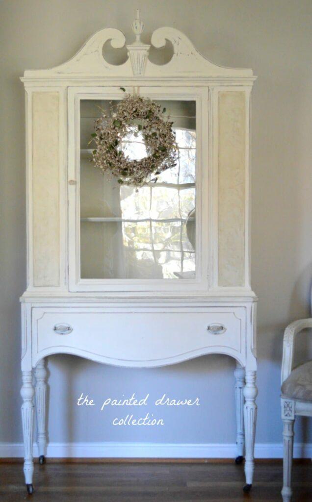 Creamy White Cabinet