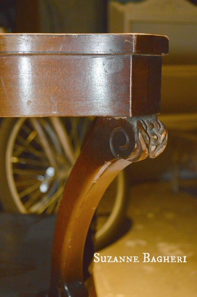 Vintage Table carved detail