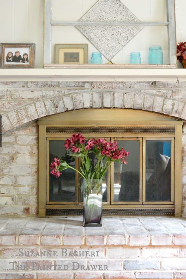 Whitewashed Brick fireplace, summer decor, summer mantel