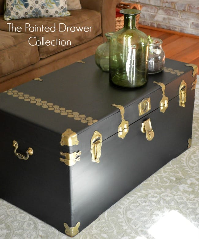 Cedar Chest in Lamp Black and Gold