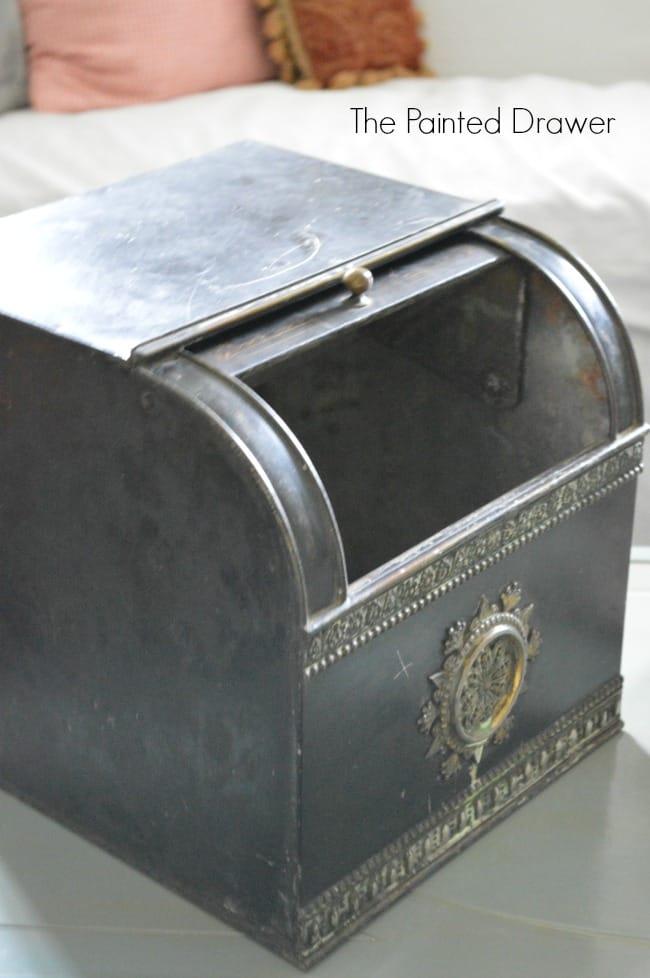 Vintage Cloves Bin