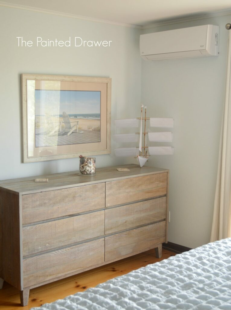 Greatest A Beach Bedroom: Create the Look with Paint Tutorial - AU14