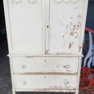 Lily's Armoire