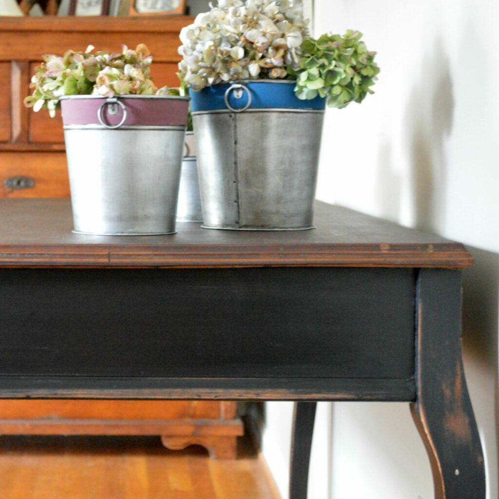 square-table-side-leg