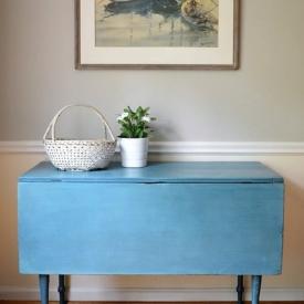 Farmhouse Table In Blues