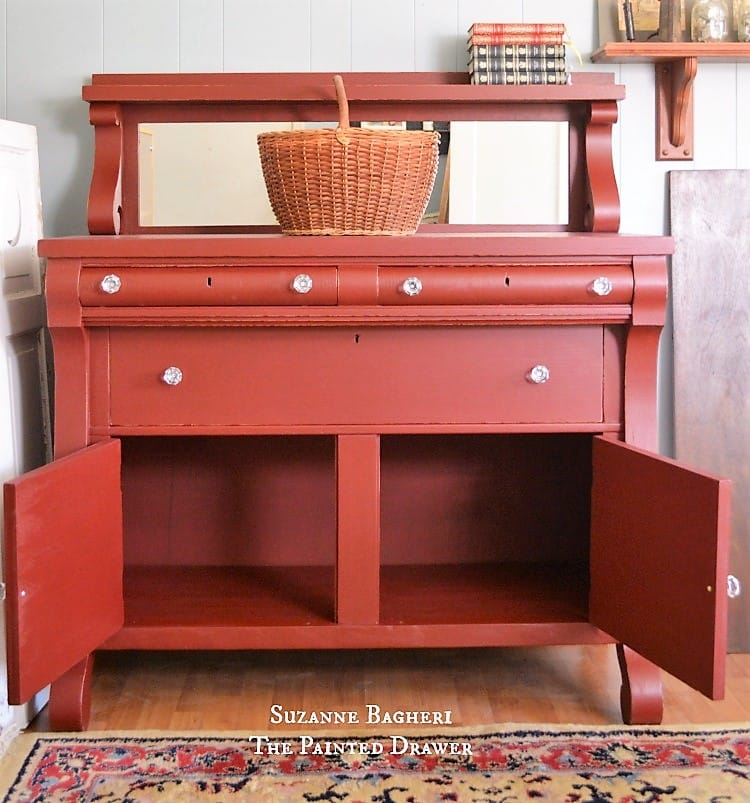 Rembrandt Red Buffet