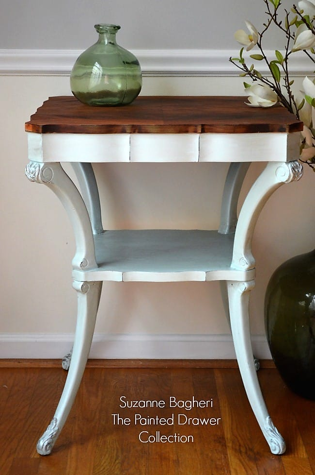 Vintage Table in Icicle Blue