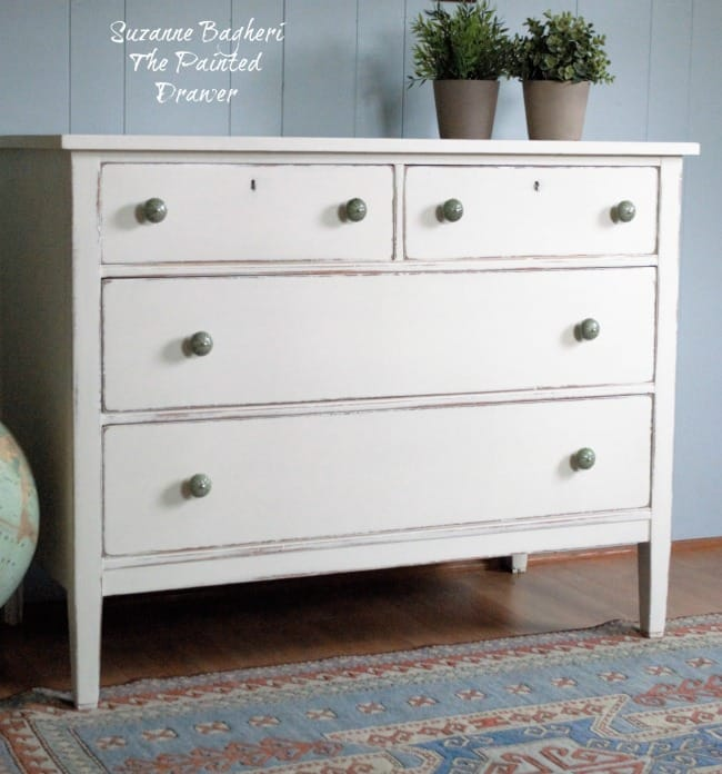Farmhouse Dresser in Annie Sloan Old White