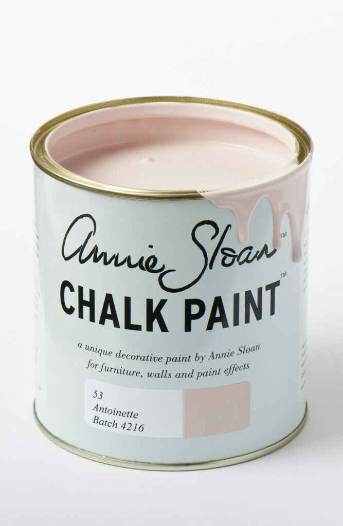 How To Create a Smooth Finish Using Annie Sloan Chalk Paint