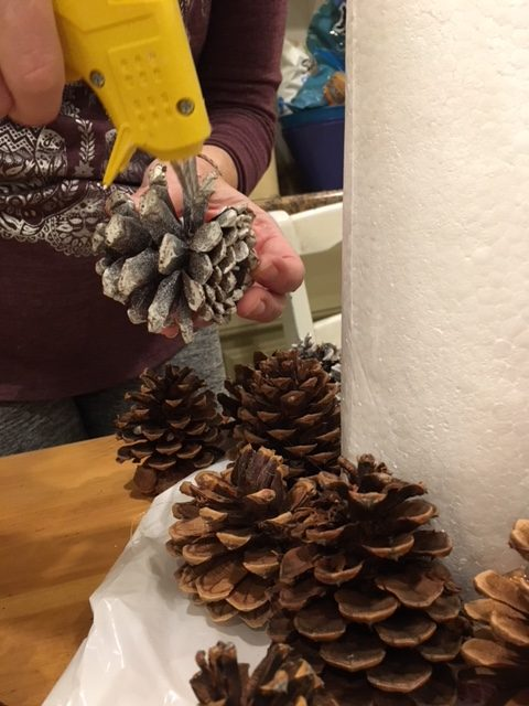Pine Cone Tree How-To