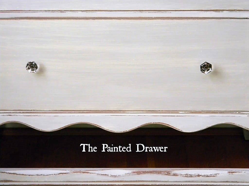 Paris Grey Chalk Paint Strie Technique Wet Distress