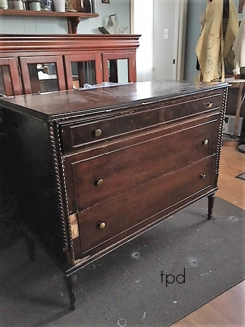 Favorite Find Monday/ Rope Trim Dresser