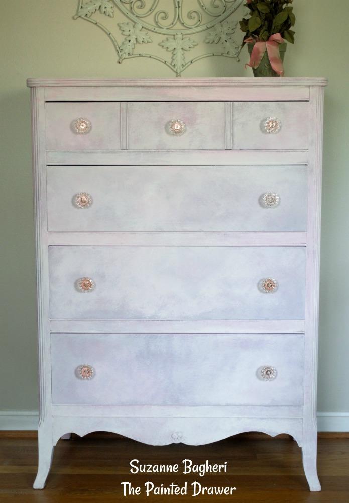 Sweet Petite Dresser