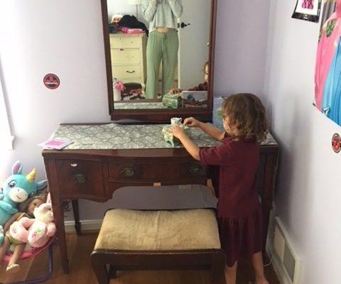 Favorite Find Monday: Vintage Bedroom Set