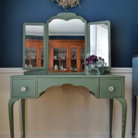 Magnolia Farm Olive Grove Painted Desk3