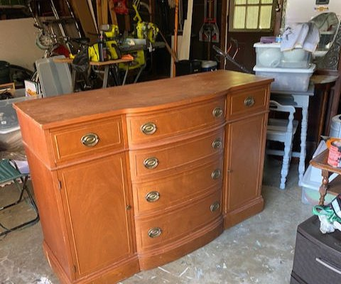 Favorite Find Monday: Curb-Sideboard!