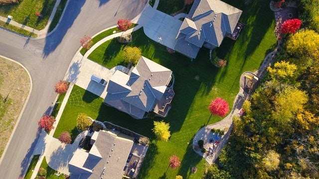 Boosting Your Home's Value By Improving Curb Appeal